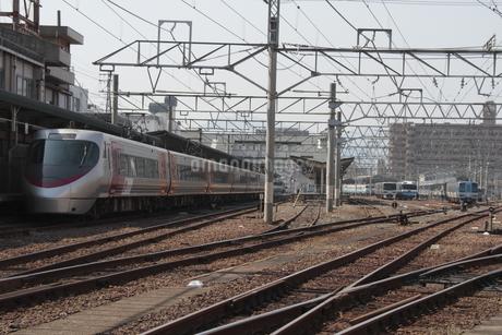 JR松山運転所 車両基地の写真素材 [FYI01825134]