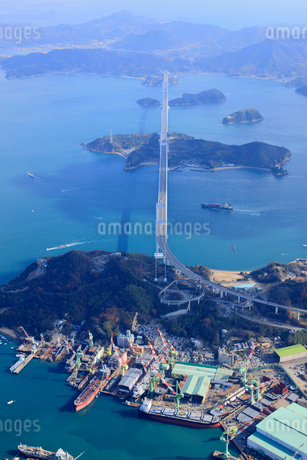 空から見たしまなみ海道の写真素材 [FYI01825478]