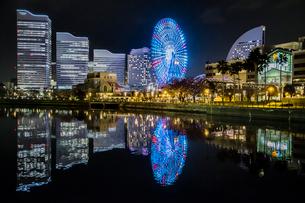 Brilliant Cityの写真素材 [FYI01825958]