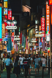 七夕の渋谷センター街の写真素材 [FYI01826953]