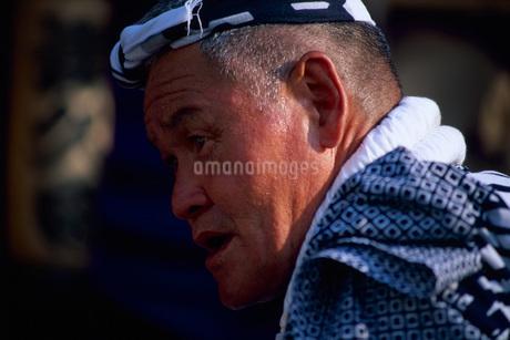 祭りの男性の写真素材 [FYI01828888]