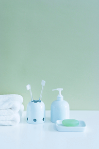 歯ブラシとソープの写真素材 [FYI01843012]