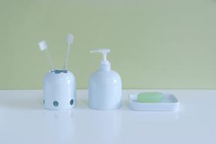 歯ブラシとソープの写真素材 [FYI01843486]