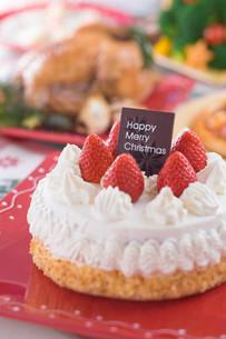 クリスマスイメージ ケーキの写真素材 [FYI01843720]