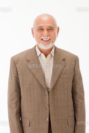 笑顔の60代男性の写真素材 [FYI01846558]
