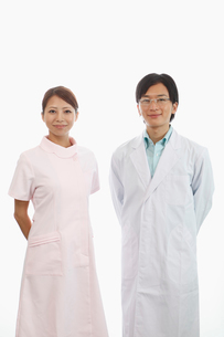 歯科医師と歯科助手の写真素材 [FYI01848485]