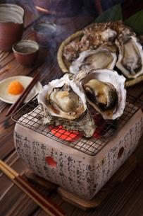 焼き牡蠣の写真素材 [FYI01849951]