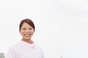 笑顔の歯科助手の写真素材 [FYI01849980]