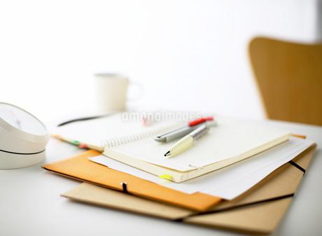 ノートとペンの写真素材 [FYI01859106]
