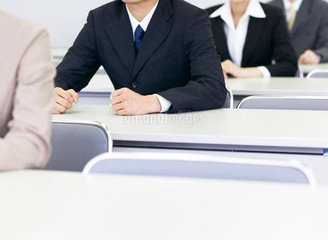 ビジネスの日本人男女の写真素材 [FYI01863390]