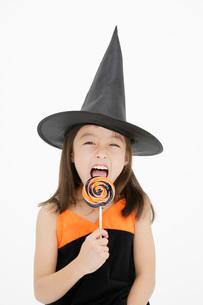 ハロウィンの女の子の写真素材 [FYI01871270]