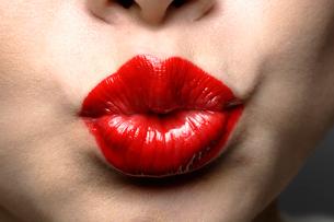 真っ赤な唇の写真素材 [FYI01878949]