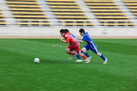 サッカー競技の写真素材 [FYI01879784]