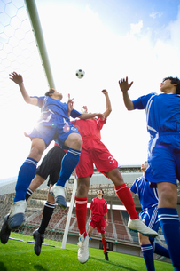 サッカー競技の写真素材 [FYI01880585]
