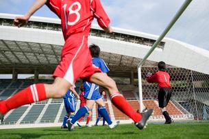 サッカー競技の写真素材 [FYI01880641]