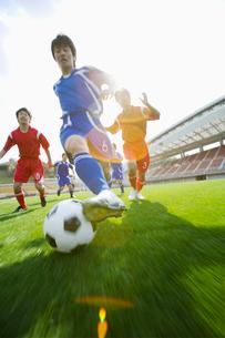 サッカー競技の写真素材 [FYI01880689]