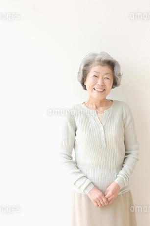笑う女性の写真素材 [FYI01884424]