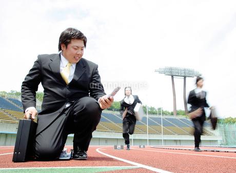 競技場とビジネスマンの写真素材 [FYI01891214]