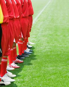 整然と立ち並ぶ選手達の写真素材 [FYI01904148]