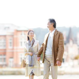 日本人の中高年夫婦の写真素材 [FYI01905555]