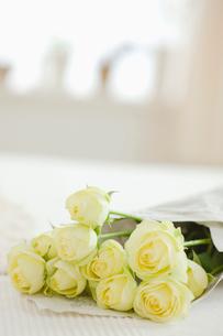 バラの花束の写真素材 [FYI01905738]