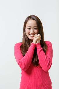 笑顔の日本人女性の写真素材 [FYI01906526]