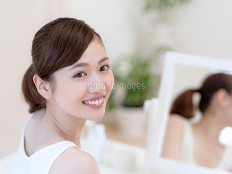 日本人の女性の写真素材 [FYI01911581]