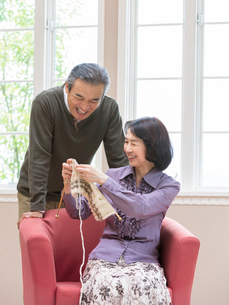 日本人のシニア夫婦の写真素材 [FYI01913607]