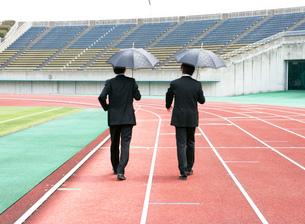 競技場のビジネスマンの写真素材 [FYI01914212]