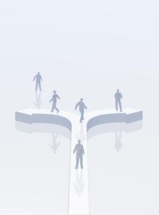 矢印と人のデジタルイメージの写真素材 [FYI01923080]