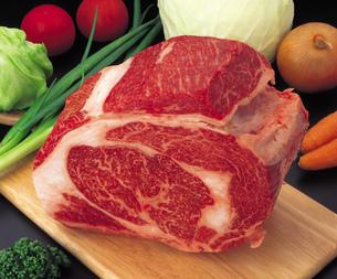 牛肉・ロース すき焼き用の写真素材 [FYI01925678]