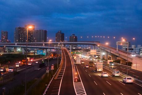 東雲ジャンクションの道路の写真素材 [FYI01925821]
