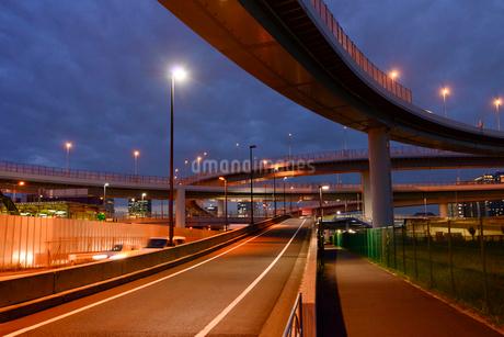 東雲ジャンクションの道路の写真素材 [FYI01926258]