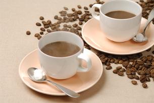 コーヒーと豆の写真素材 [FYI01927832]