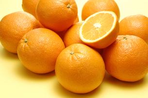オレンジの断面とオレンジの写真素材 [FYI01928440]