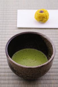 抹茶と和菓子の写真素材 [FYI01929077]
