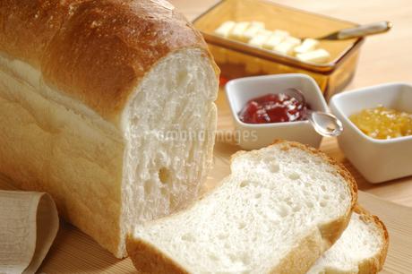 食パンの写真素材 [FYI01930075]