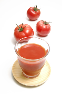 トマトジュースとトマトの写真素材 [FYI01930942]