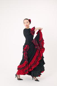 フラメンコを踊る女性の写真素材 [FYI01932623]