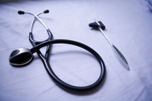 聴診器と打診器の写真素材 [FYI01933639]