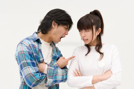 対立する男性と女性の写真素材 [FYI01934674]