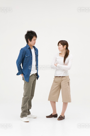 喧嘩をする男性と女性の写真素材 [FYI01935818]