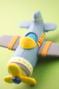 フェルトで作ったヘリコプター クラフトの写真素材 [FYI01944223]