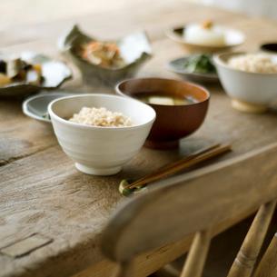 健康を意識した食事の写真素材 [FYI01946931]