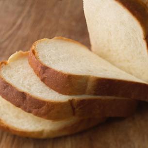 スライスした食パンの写真素材 [FYI01951913]