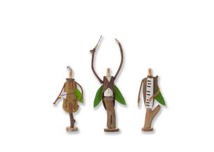 立っている木の人形のオーケストラ クラフトの写真素材 [FYI01953994]