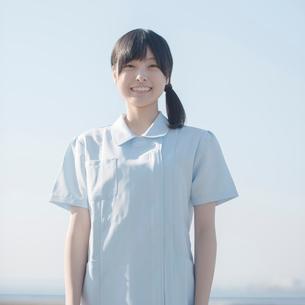 微笑む看護師の写真素材 [FYI01958300]