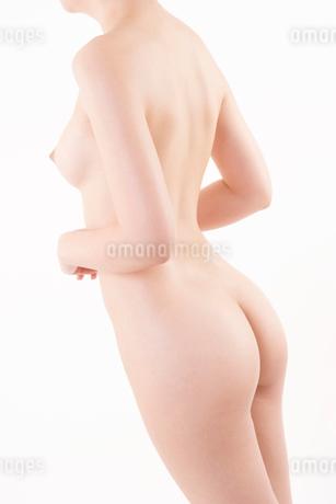 ヌードの日本人女性の写真素材 [FYI01969596]