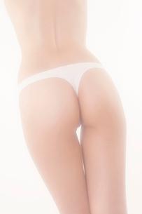 下着姿の女性の写真素材 [FYI01970256]