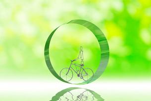 リングの中の自転車と新緑 CGの写真素材 [FYI01972363]